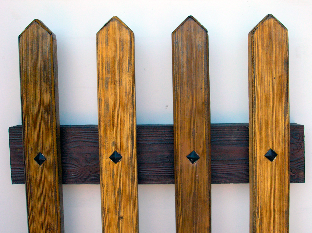 Moldes valla imitaci n madera decomol bdn s l - Valla de madera ...