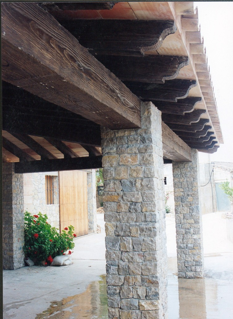 Moldes de hormig n imitaci n madera decomol bdn s l - Limpiar piedra artificial ...